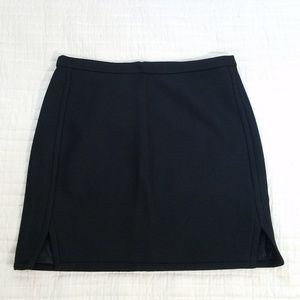 J.CREW DOUBLE-NOTCH MINI SKIRT SIze 10 Black Wool